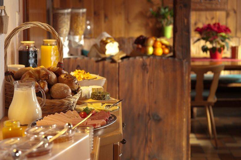 buffet colazione albergo